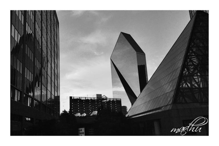 Dallas_01_BW_b